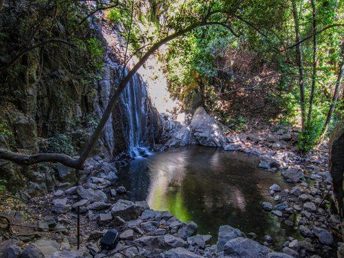 Istrampu de Sos Molinos: scalinata verso le cascate.